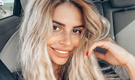Alisa Megastar van Ex on the Beach ondergaat bizarre ingreep